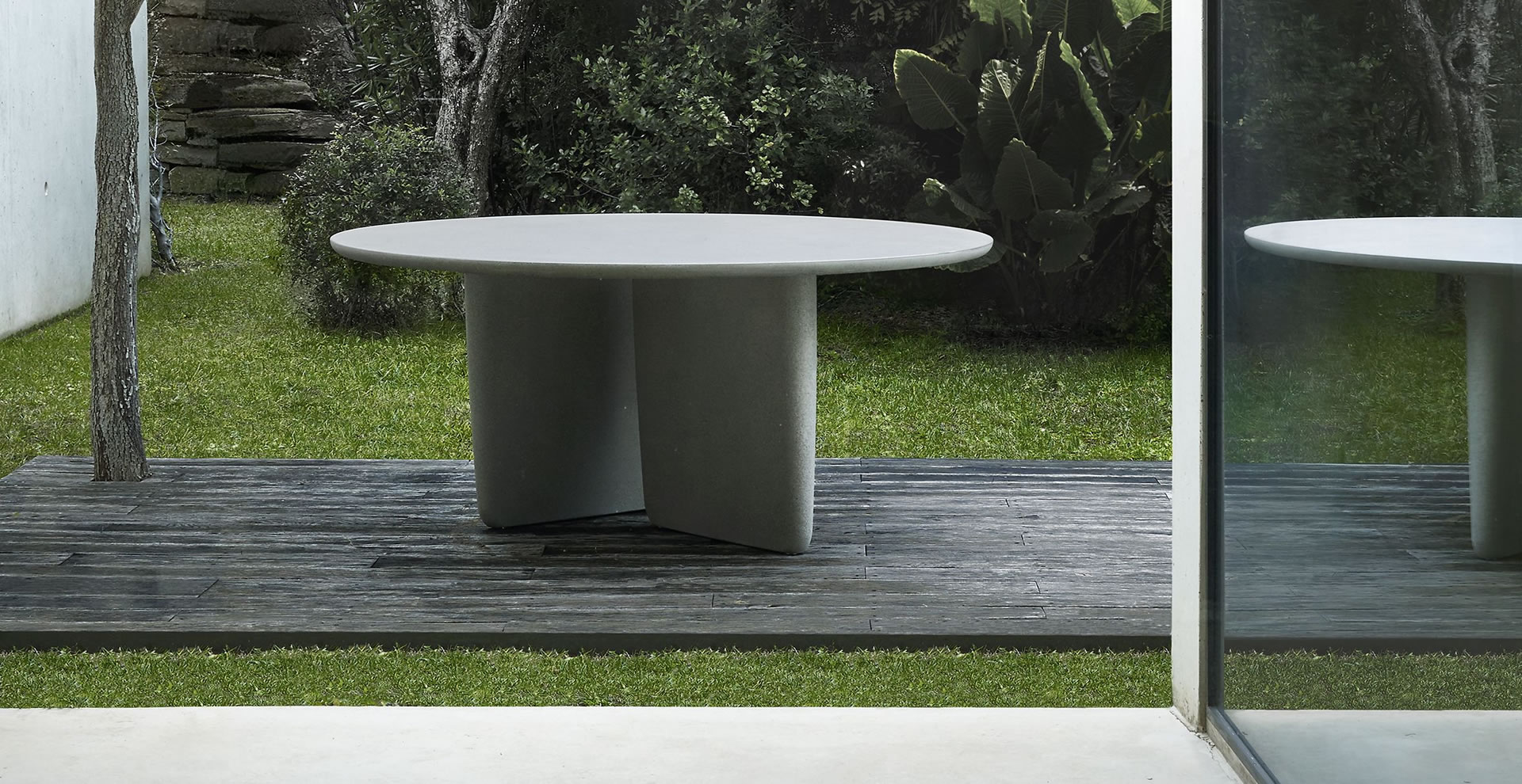 Tobi-Ishi Outdoor B&B Italia - tables B&B Italia